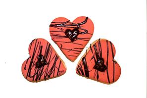 C7 1 Large Heart Linzer Tart